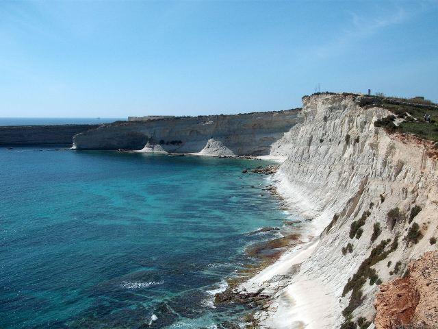 Munxar Cliffs 2.JPG