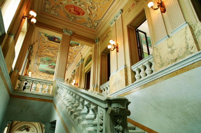 Palazzo_Parisio_Noble_Family_Home_Grand_Marble_Staircase.jpg